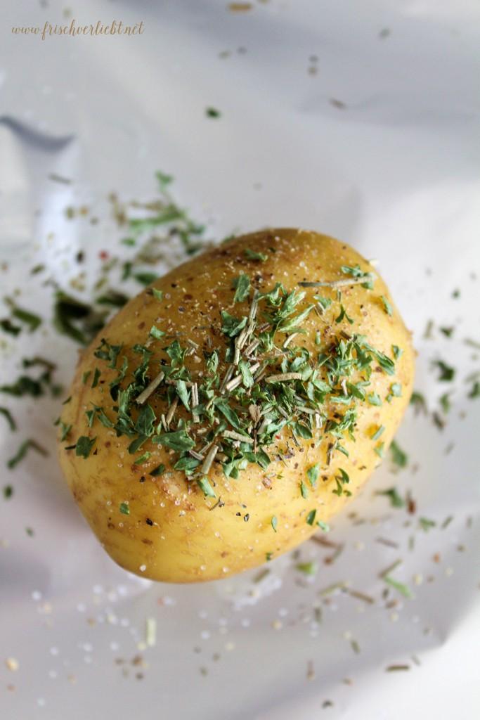 Gebackene_Kartoffel_und_Rote_Bete_aus_dem_Ofen_1