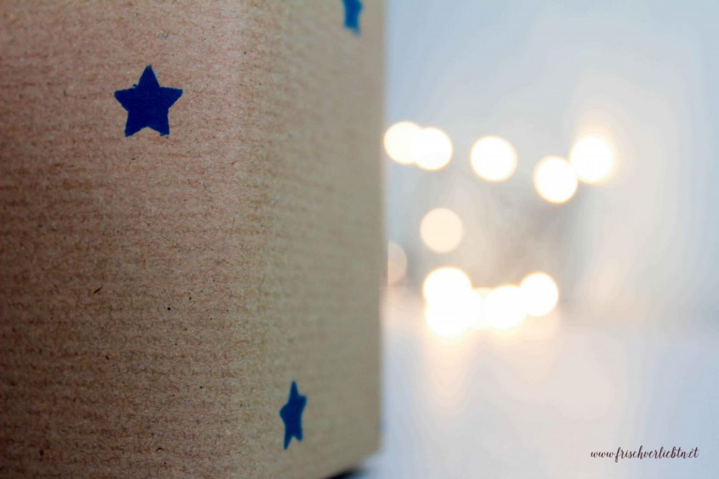 Weihnachtsgeschenke_einpacken_Frisch_Verliebt_2