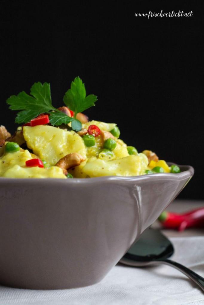 Reis_mit_vegetarischem_Tofu_Curry_Frisch_Verliebt_1