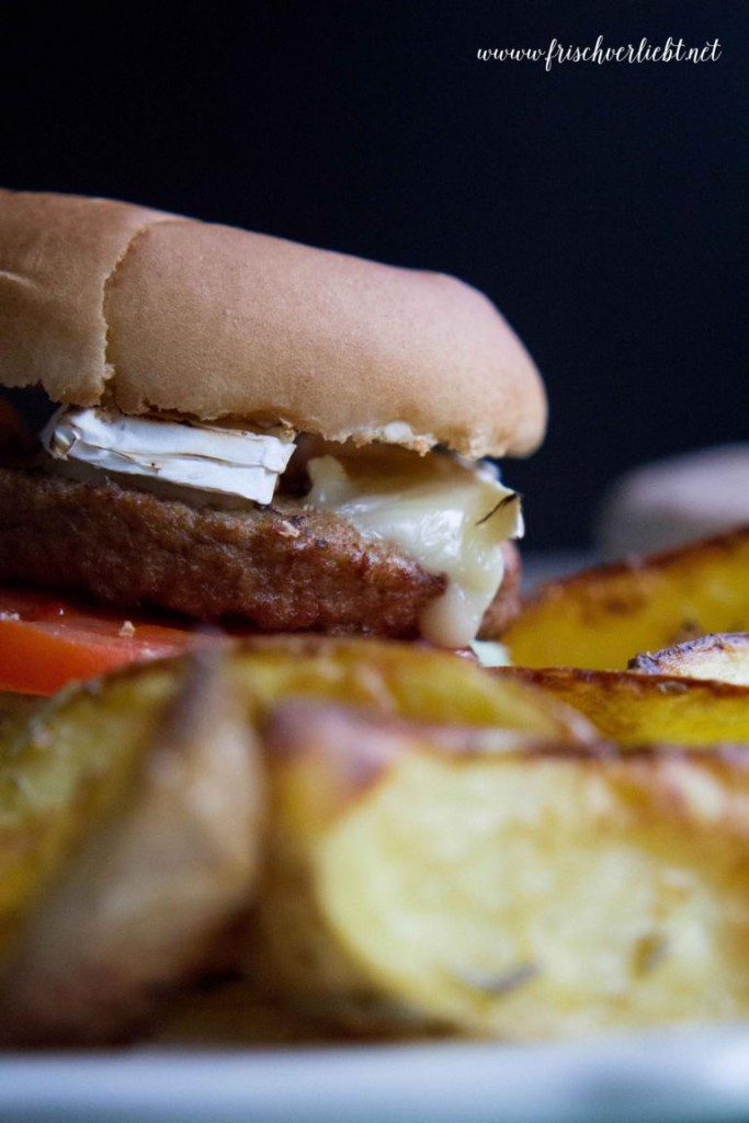 vegetarischer_Burger_mit_Camembert_Frisch_Verliebt_1
