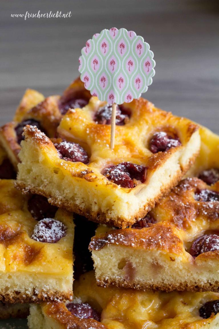 Kirsch Pudding Kuchen Und Mini Schoko Guglhupfe Frisch Verliebt