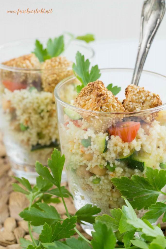 Couscous_Salat_mit_Feta_und_Sesam_Frisch_Verliebt_1