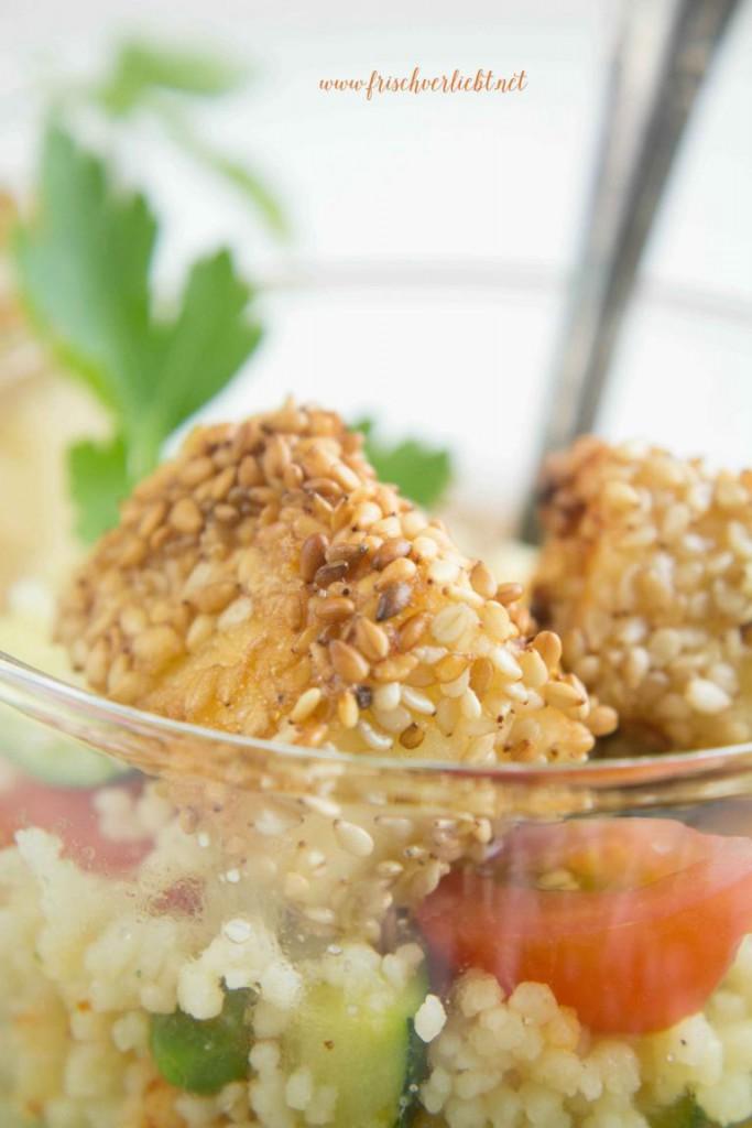 Couscous_Salat_mit_Feta_und_Sesam_Frisch_Verliebt_5