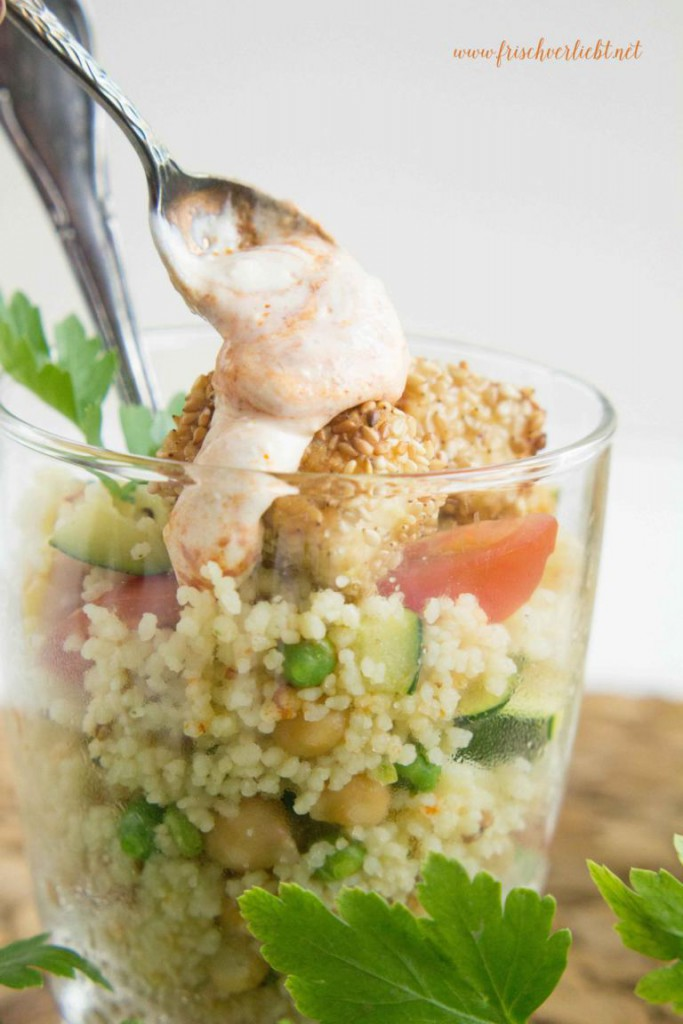 Couscous_Salat_mit_Feta_und_Sesam_Frisch_Verliebt_6
