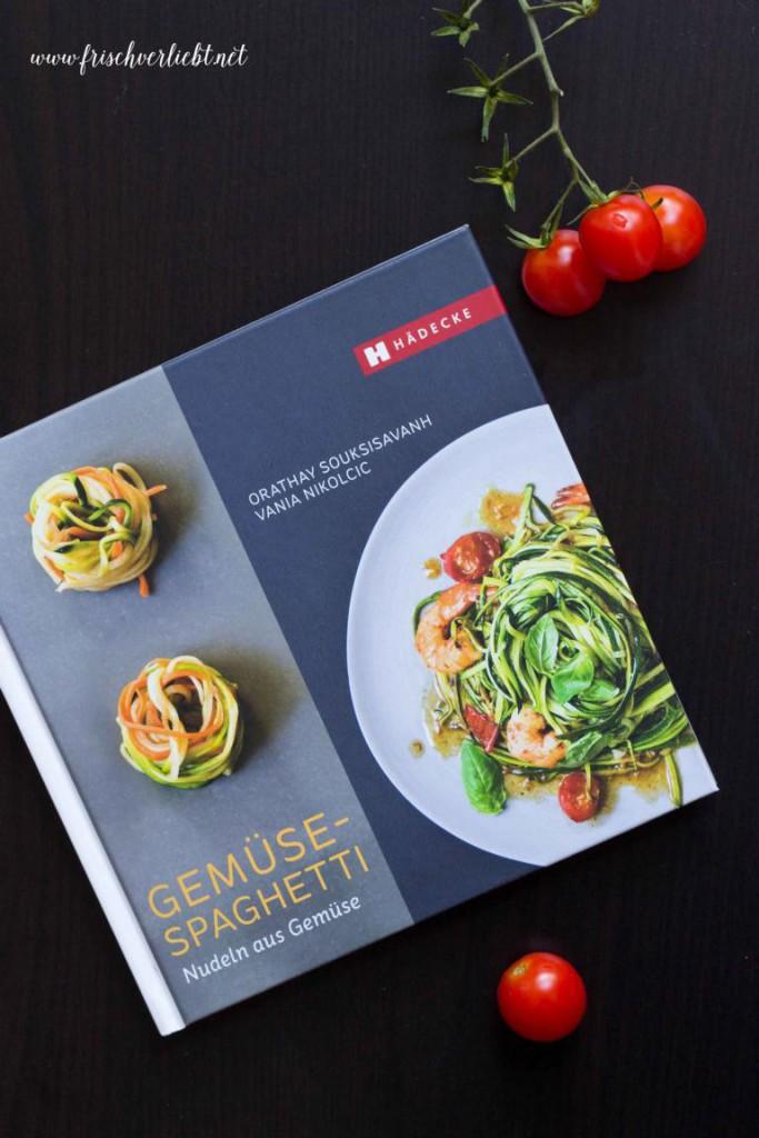 Gemüse_Spaghetti_Zoodles_mit_Halloumi_Frisch_Verliebt_6